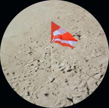 The spectacular discovery: Berblinger's flag on the moon